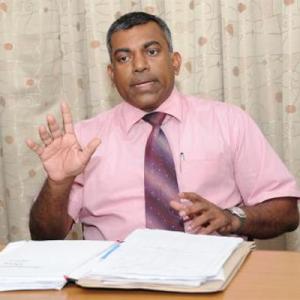 Dr.P.Mahanamahewa